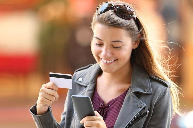 Оплата картой через мобильный приват24